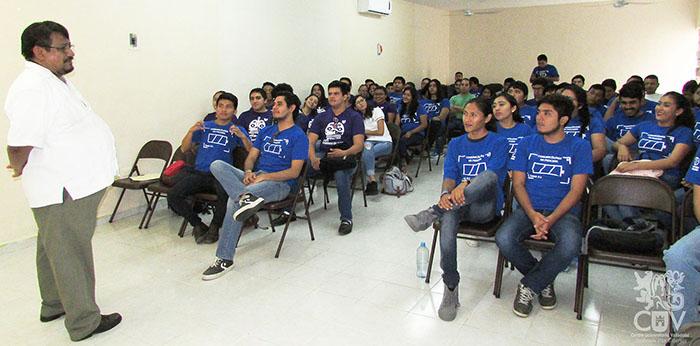 Alumnos del Centro Universitario de Valladolid de la Licenciatura en  Ciencias de la Comunicación participaron en la Jornada de Comunicación  2017 25b1ad695cce6